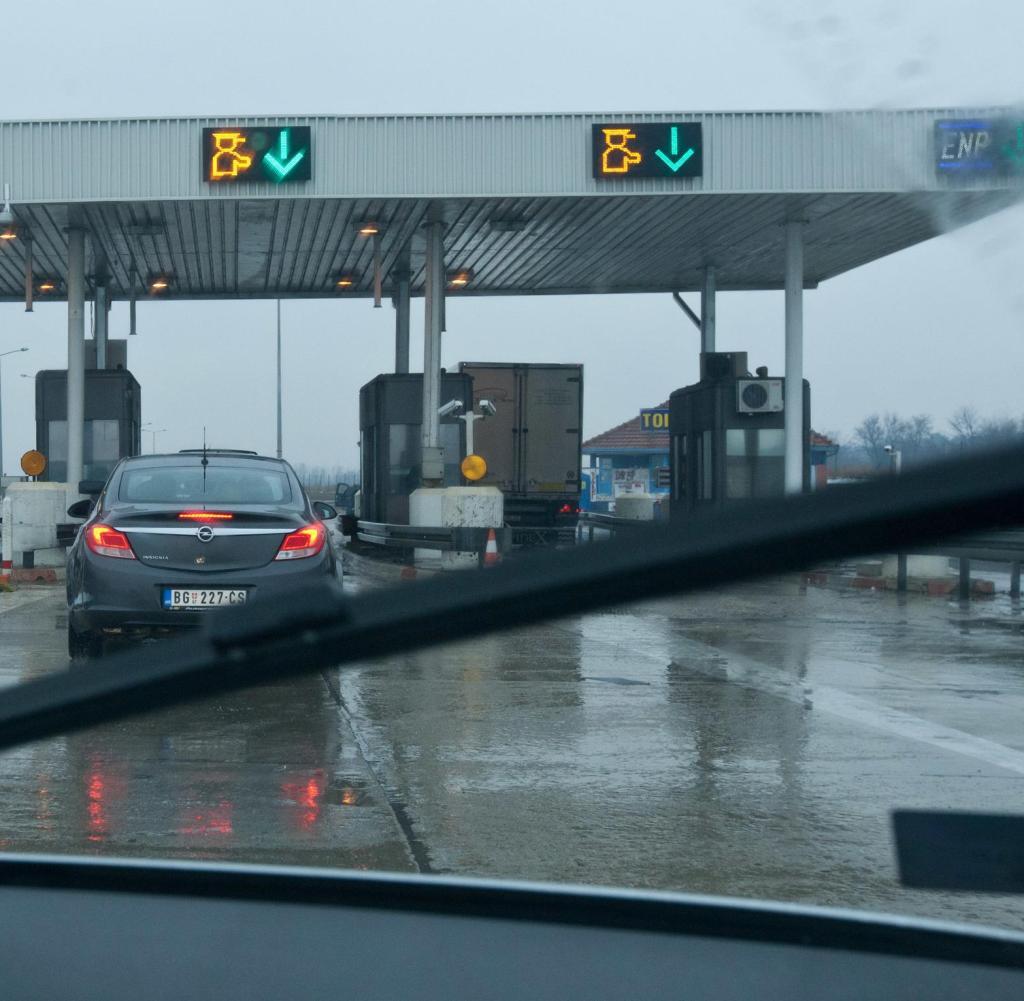Sirbistan ve Romanya sinirinda Yoğun Kar Yağışı
